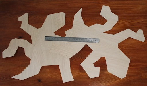 Two test lizards cut, and tesselating! The 30cm rule is present just to give some scale.